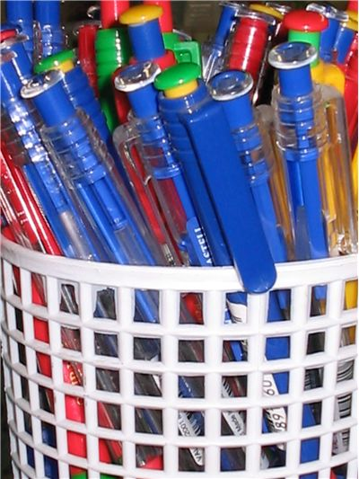 Picture Of Basket Of Pens And Pencils